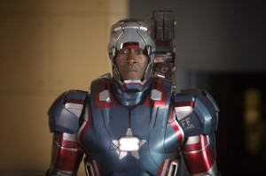 Don-Cheadle-James-Rhodes-Iron-Man-3-Patriot-Photo-Close-up-1024x682