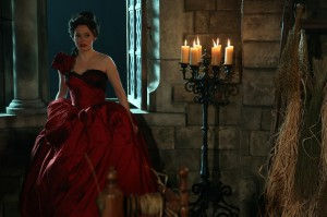 OnceUponaTime-Still216_015