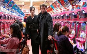 Tao-Okamoto-and-Hugh-Jackman-in-The-Wolverine-2013-Movie-Image