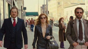 movie-review-american-hustle-2013-L-ZBG2Gg