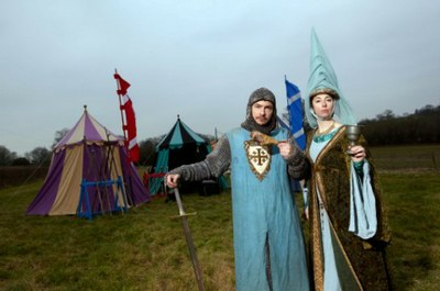 Giles-Goran-and-Sue-Perkins-dressed-in-Medieval-attire-©-BBC