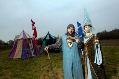 Giles-Goran-and-Sue-Perkins-dressed-in-Medieval-attire-©-BBC