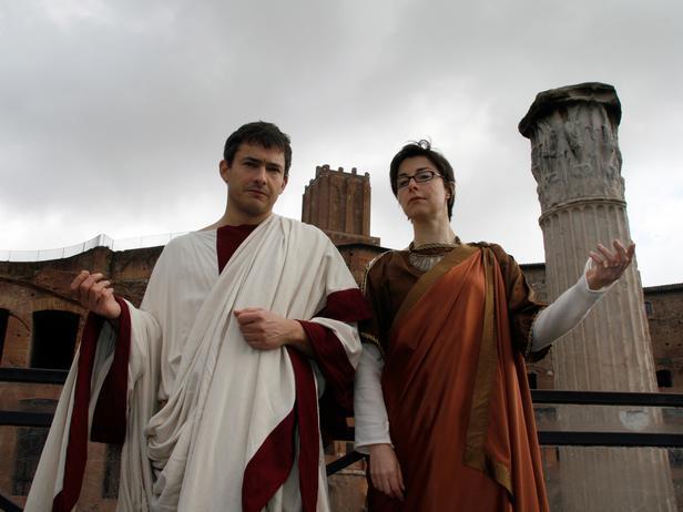 CCSGO113_Giles-Coren-Sue-Perkins-Ancient-Rome_s4x3_lg