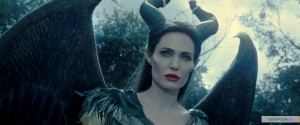 kinopoisk.ru-Maleficent-2410572