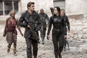 4 - The Hunger Games-Mockingjay Part I