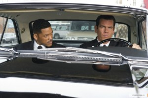 2-Men in Black 3
