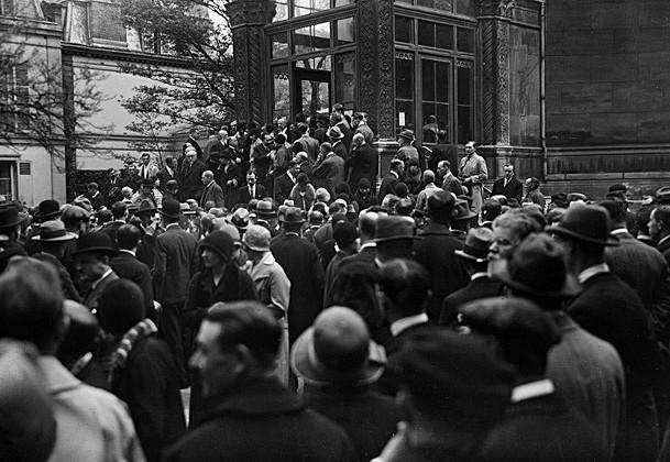 3 - Прибытие русских эмигрантов в Париж, 1917 Alebert Harlingue : Roger Viollet