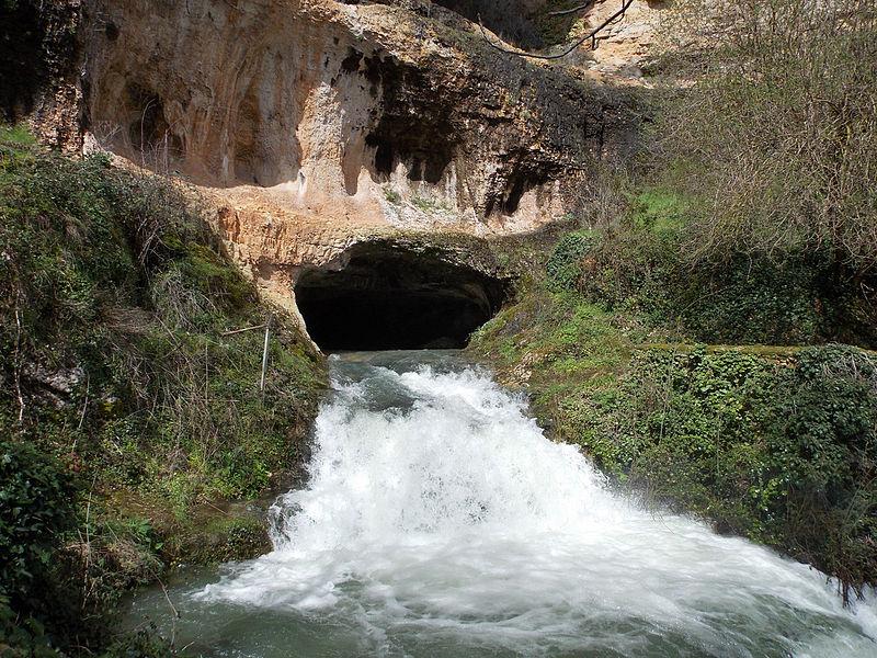 Orbaneja,cuevadeagua
