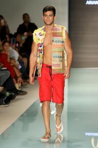 4  mcdonalds-couture-miami-swim-week-34.jpg