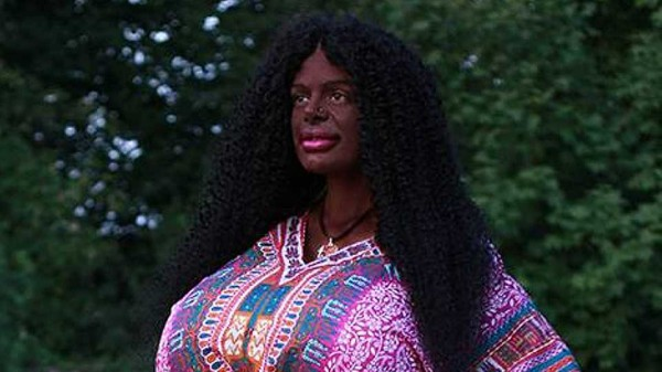 martina_big_black_woman_african_hair.jpg