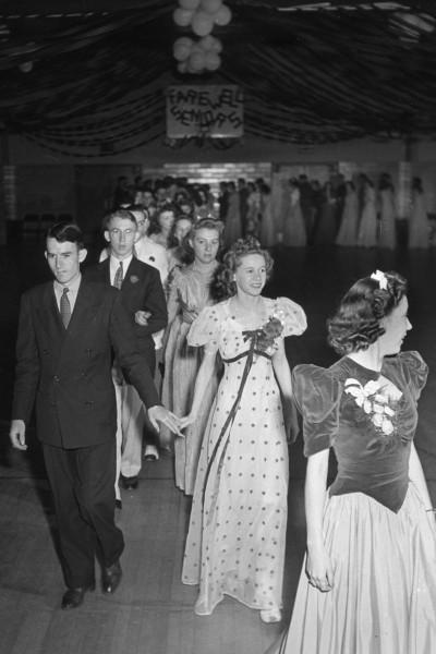 1940-prom-v.jpg