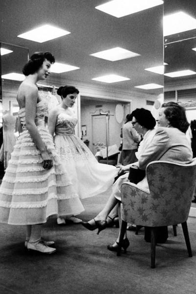 1951-prom-v.jpg