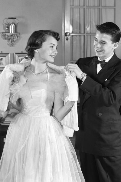1952-prom-v.jpg