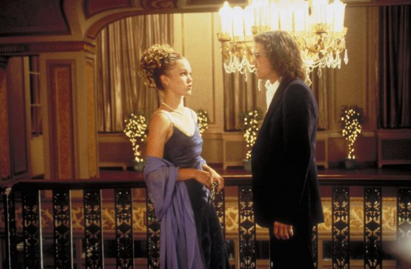 1999 Julia Stiles and Heath Ledger in 10 Things I Hate About You  Photo Everett Collection.jpg