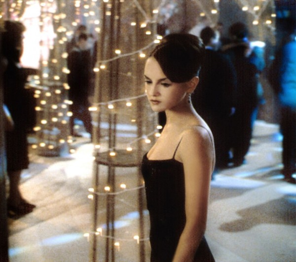 1999 Rachael Leigh Cook in Shes All That. Photo Everett Collection.jpg