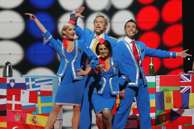 2007  scooch-wearing-blue-and-red-flight-attendent-hostess-outfits-136795448300502601-130517160654.jpg