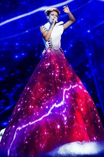 2013  fashion-moments-from-eurovision-39.jpg