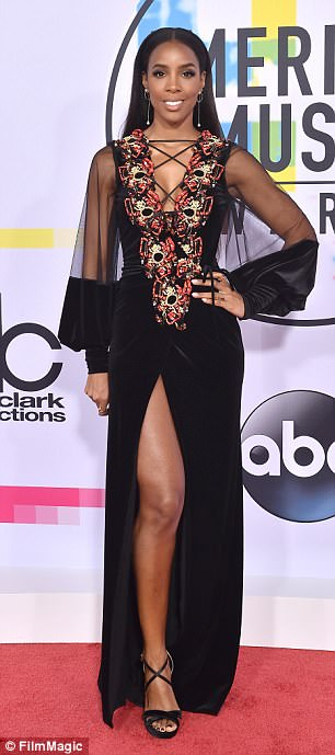 Kelly Rowland  4D29A2A100000578-583954.jpg