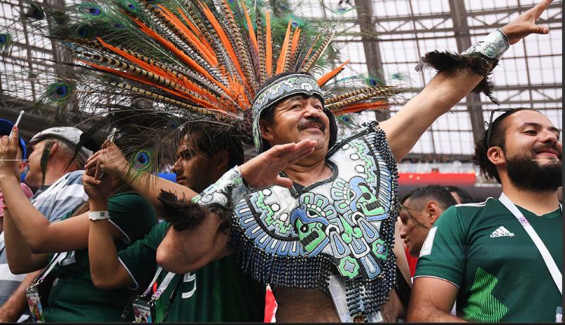 12  Болельщики сборной Мексики во всей своей красе..PNG
