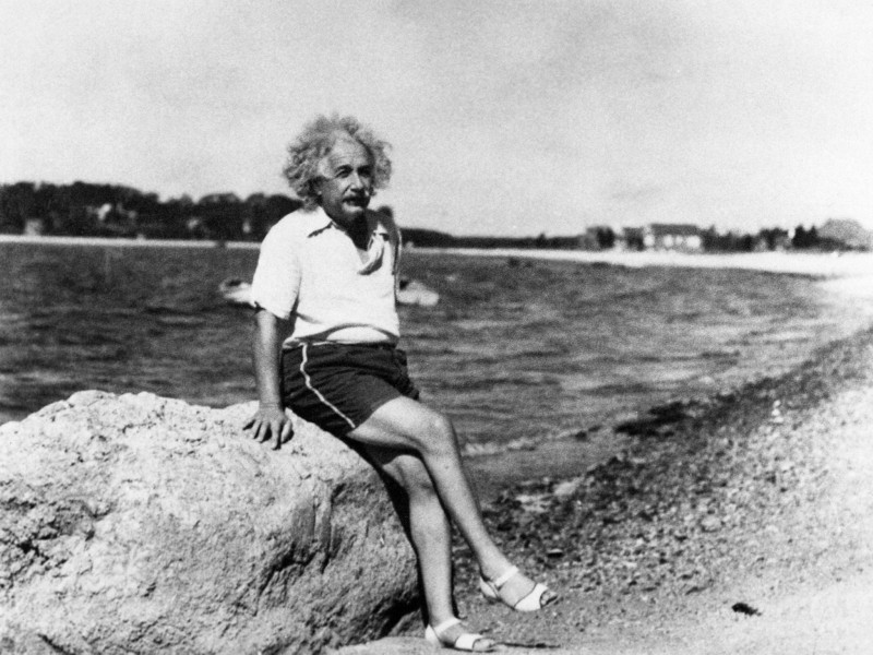 5  einstein-beach.jpg