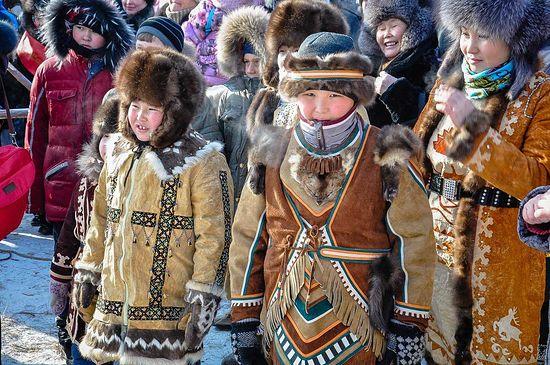26   yakutskij-nacionalnyj-kostyum-35.jpg