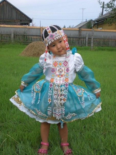 22  yakutskij-nacionalnyj-kostyum.jpeg