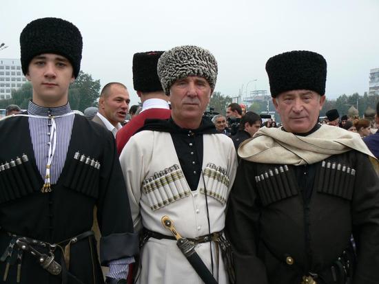 5   chechenskij-nacionalnyj-kostyum-11.jpg