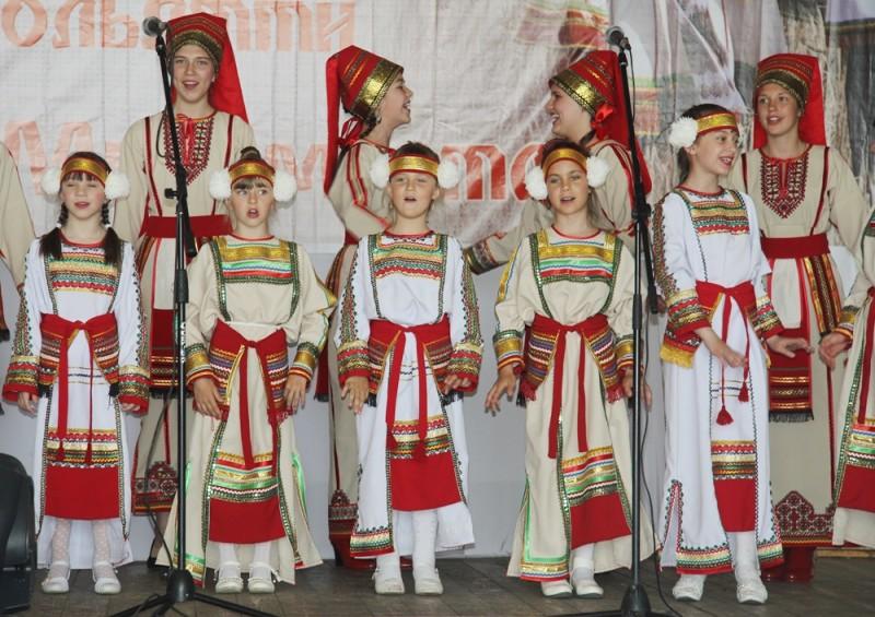 mordovskij-nacionalnyj-kostyum-22.jpg