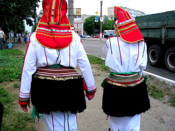 7  mordovskij-nacionalnyj-kostyum-25.jpg