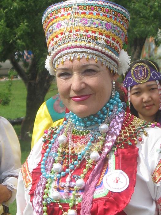 mordovskij-nacionalnyj-kostyum-39.jpg