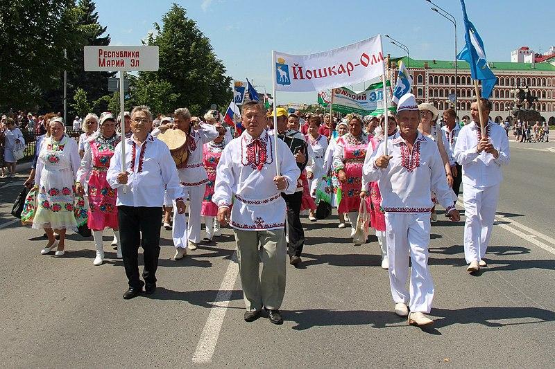 _Празднования праздника Пеледыш пайрем в городе Йошкар-Ола Республика Марий Эл..jpg