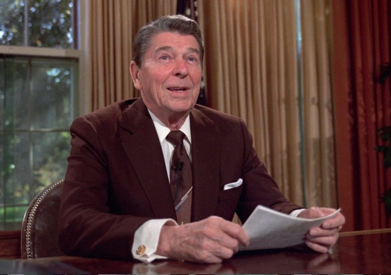 "1   Regan Two weeks before the election,"" White said, ""Ronald Reagan showed up in a new suit a brown suit with a tint of red to it, and you wish you …"