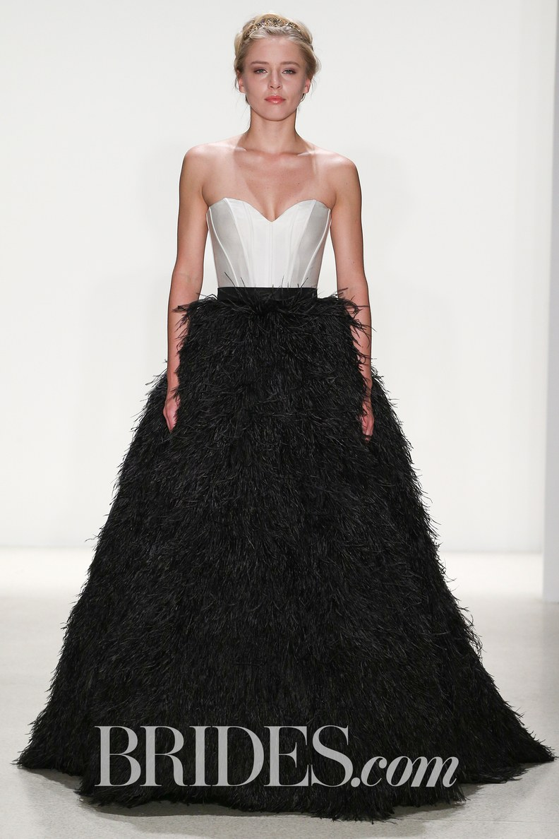 _kelly_faetanini-wedding-dresses-spring-2018-022.jpg