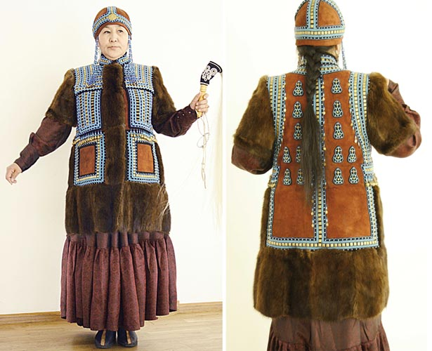 111111    Tanalaj Yakut_costume1.jpg