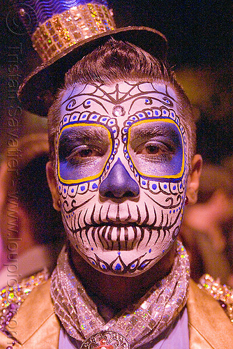 _5150202173-man-blue-sugar-skull-makeup-dia-de-los-muertos-halloween-san-francisco.jpg