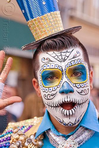 _5692391745-dia-de-los-muertos-sugar-skull-makeup.jpg