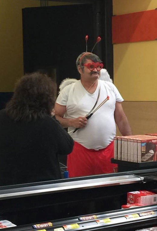 24   49crazy-people-in-walmart.jpg