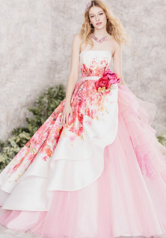 26  Hardy-Amies-London-Pink-Printed-Wedding-Dress.jpg