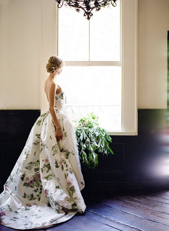 23  floral-wedding-dress-and-gowns.jpg