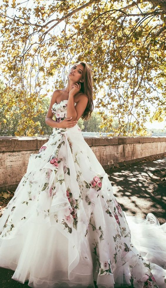 7  Alessandro-Angelozzi-Couture-Floral-Printed-Wedding-Dress.jpg