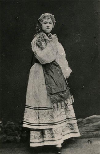 1873   Г. Федотова — Снегурочка Cнегурочка А.Островского 1873 первая исполнительница.jpg