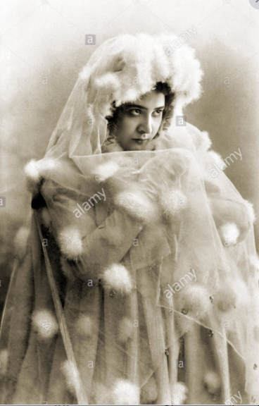_The Snow Maiden  Snegurotchka  With EF Brobowa-Pfeiffer  Brobova-Pfeiffer in title role.PNG