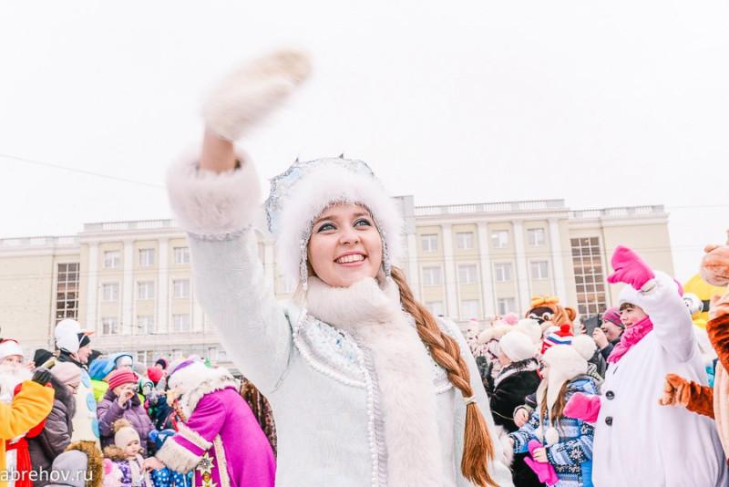16  Новое лицо Снегурочки - это Анастасия Коморина..jpg