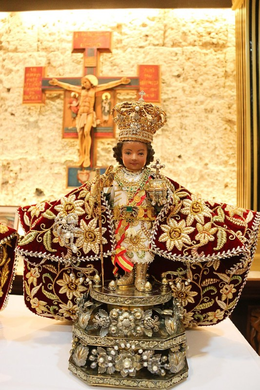 2   800px-Original_Image_of_the_Santo_Niño_de_Cebu.jpg