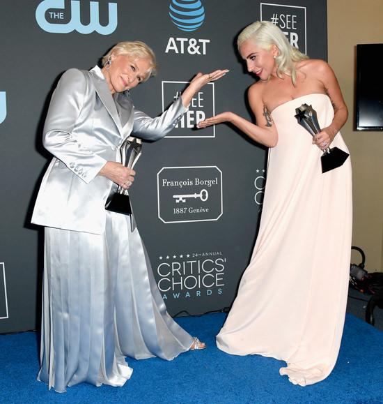Glenn-Close-Lady-Gaga-The-Wife-A-Star-Is-Born-Critics-Choice-Awards-2019-Red-Carpet-Fashion-Calvin-Klein-Gabriela-Hearst-Tom-Lorenzo-Site-4.jpg
