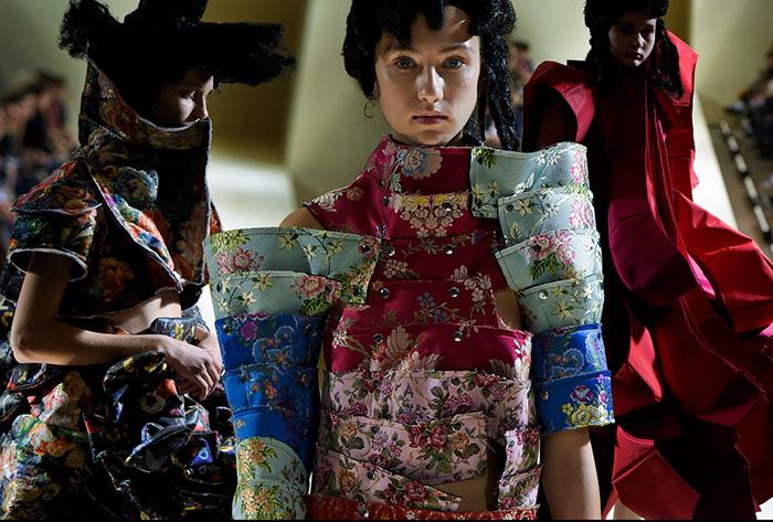 9 Сейчас Кавакубо использует богатую палитру цветов..jpg