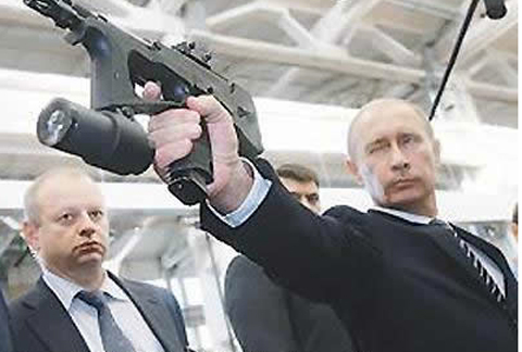 Putin-Looking-Like-Hero-James-Bond-Gun-Close-Up.jpg
