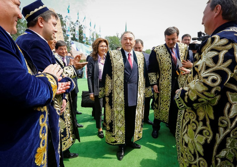 The president of Kazakhstan, Nursultan Nazarbayev, wearing traditional Kazakh clothing on the Kazakhstan People's Unity Day, 1 May 2016.   ventsellug…