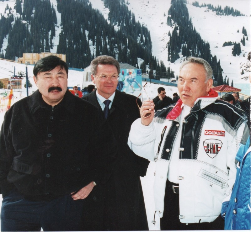 Саммит глав государств СНГ, Чимбулак Т. Досмухамбетов, В. Храпунов, Н. Назарбаев, г. Алматы февраль – март 2003   148.jpeg