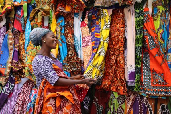 4   Afrikanische_Textilien.jpg